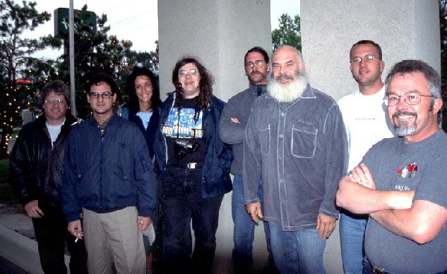 http://www.underthethunder.org/chasing/chase2003/20020501-tt2002-group.JPG